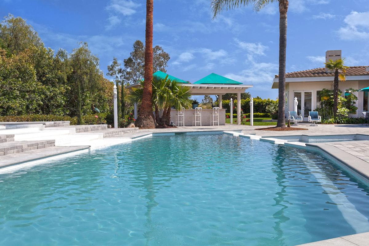 SOLD – Resort Style Living – Terry Ryken