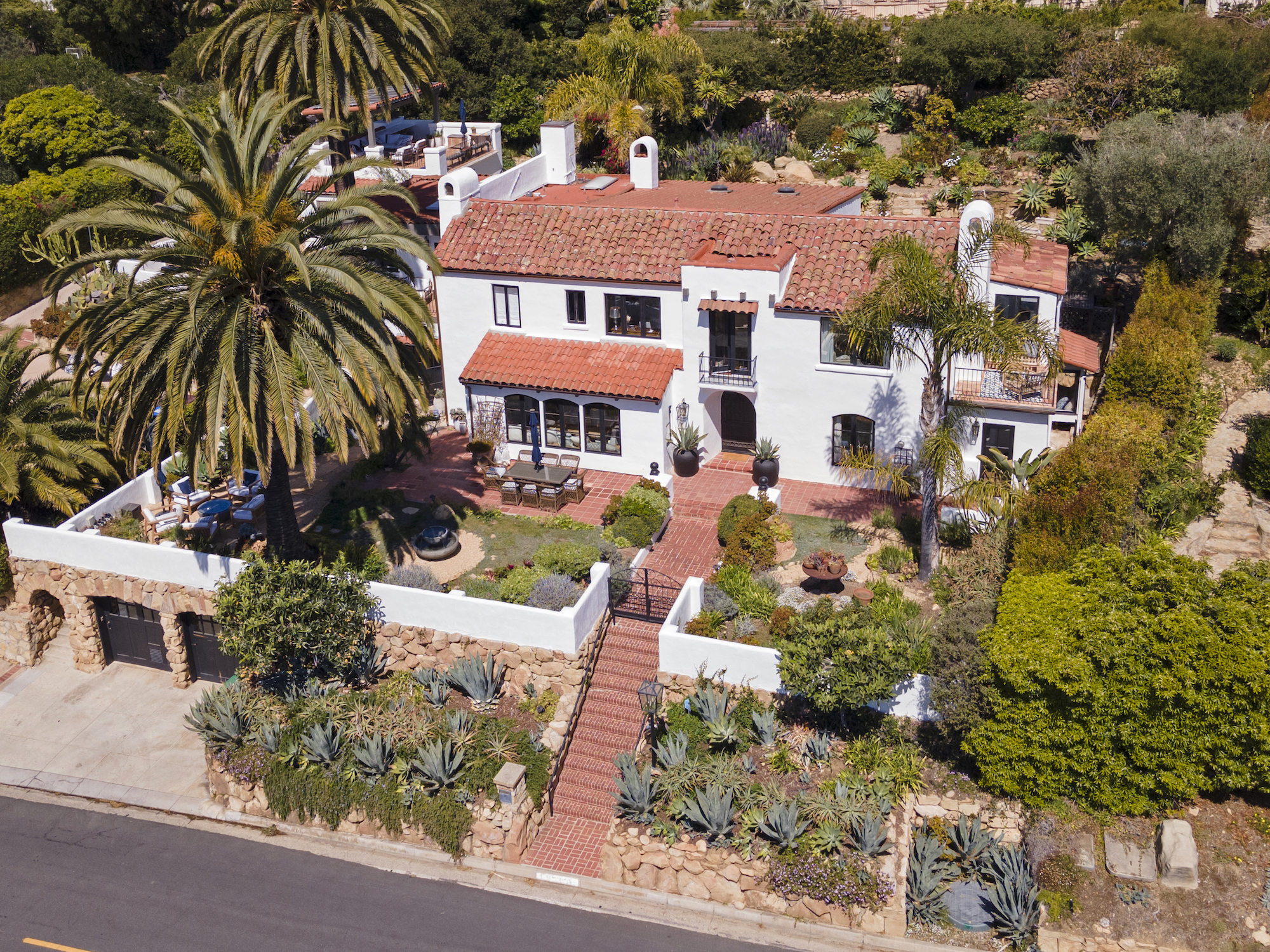 SOLD: Historic Mission Ridge Estate